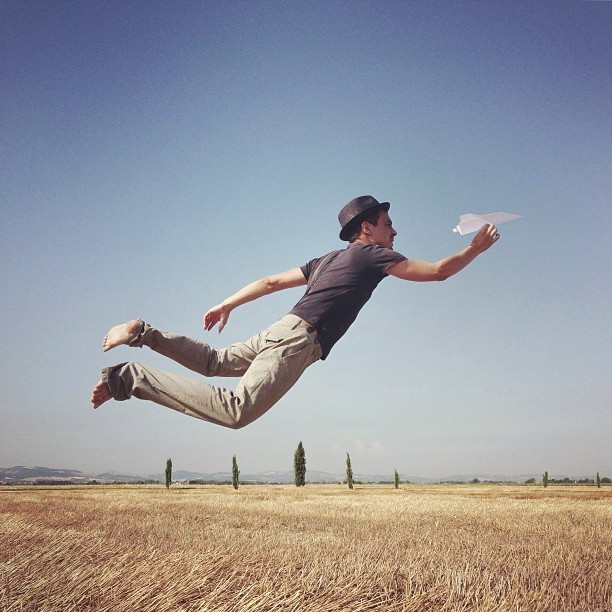 Fantastic iPhone Photos of People Floating in Mid-Air