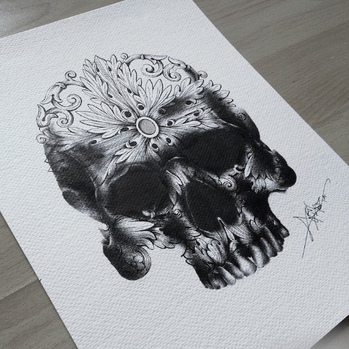 Exquisite Pen Drawings Created with Thousands of Tiny Dots