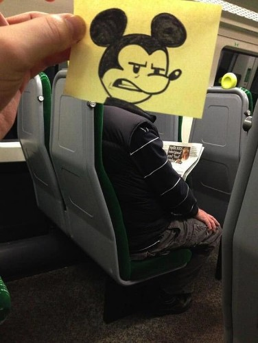 Funny Doodles Entertain an Artist on His Daily Commute