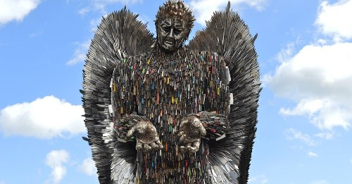 "Giant ""Knife Angel"" Made With Over 100,000 Weapons Confiscated by Police"