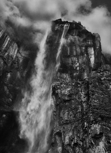 Sebastio Salgado's Amazing Captures of the World Around Us