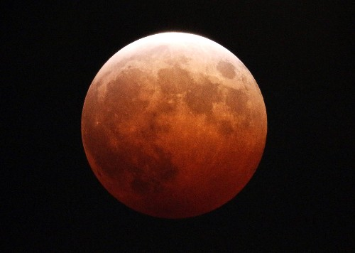 This Week's Night Sky: Moon Turns to Blood