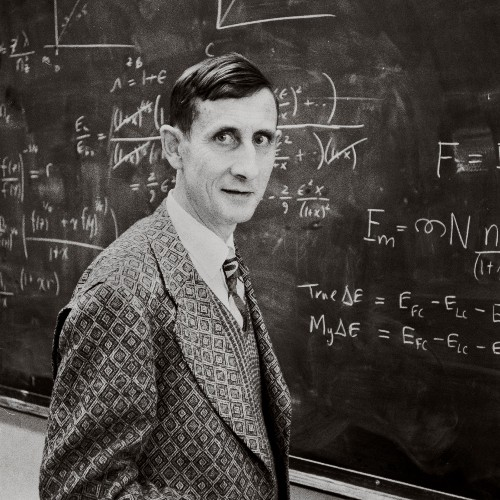 Freeman Dyson, legendary theoretical physicist, dies at 96