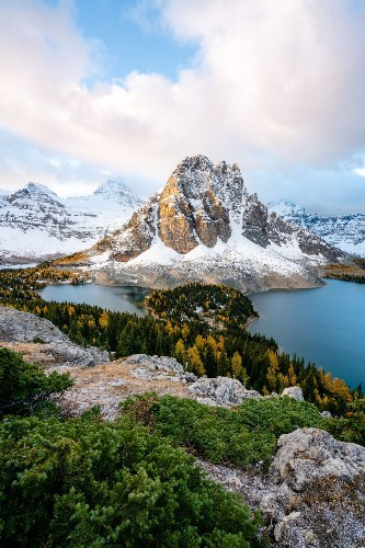 Fall in the Canadian Rockies Photo by Billy DeKom — National Geographic Your Shot