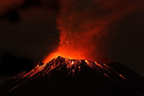 Pictures: Mexico Volcano Spews Ash 2 Miles High