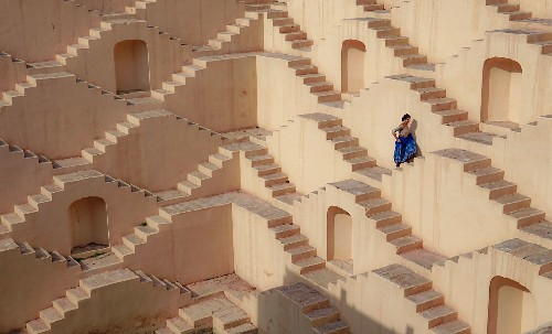 20 mesmerizing photos of architecture across the globe
