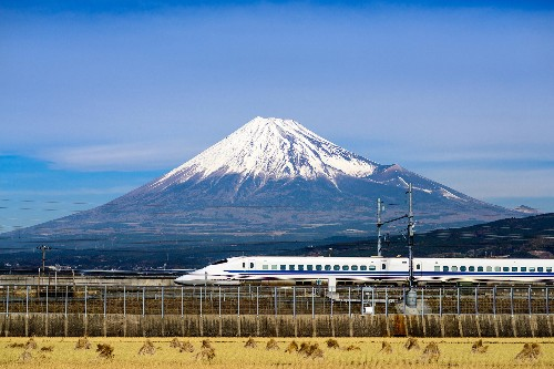 5 unforgettable train trips through Japan