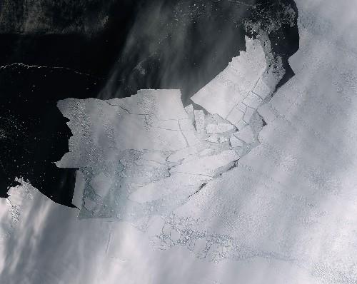 A huge iceberg just broke off West Antarctica's most endangered glacier