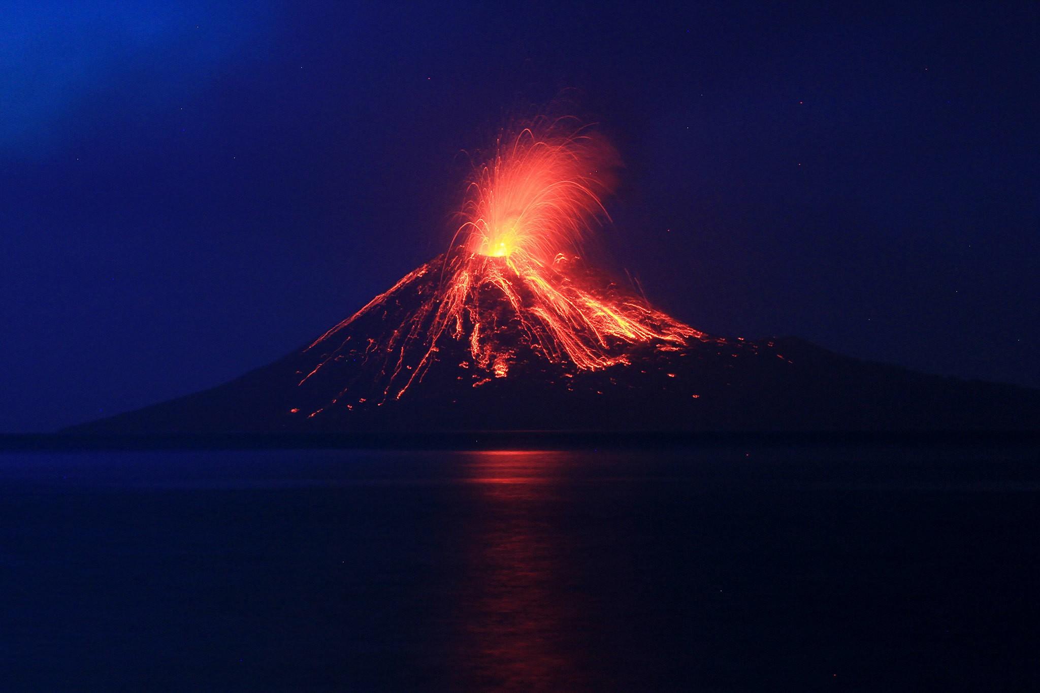Anak Krakatau - Volcanic Tsunami - Cover