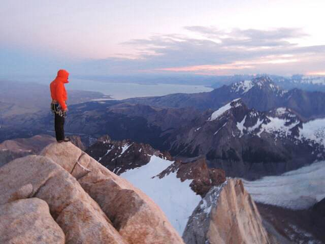 "Alex Honnold, Tommy Caldwell's ""Extreme Backpacking"" on Patagonia's Fitz Traverse"
