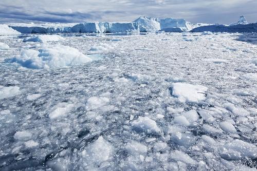 Greenland Glacier Races to Ocean at Record Speed