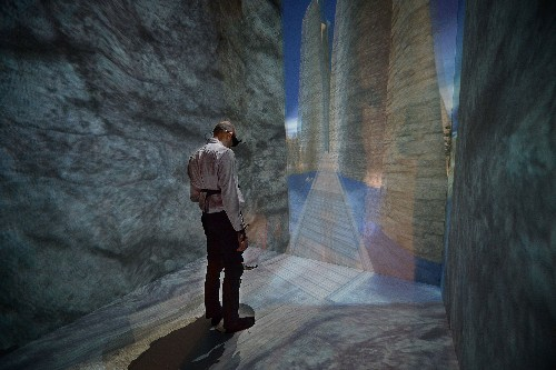 How Virtual Reality Affects Actual Reality