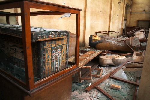 Pictures: Looters Shatter Museum of Ancient Egyptian Treasures