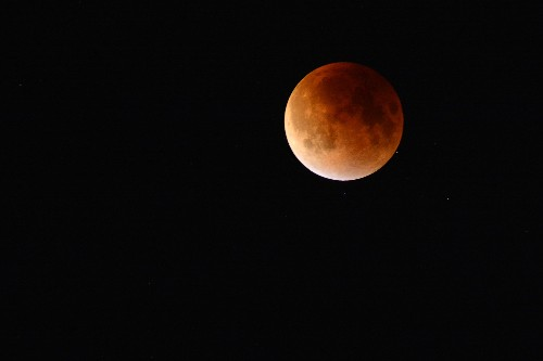 Lunar Eclipse and 10 More Can't-Miss Sky Events in February