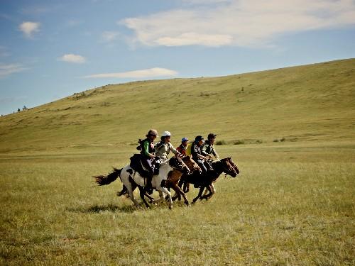 World's Toughest Horse Race Retraces Genghis Khan's Postal Route