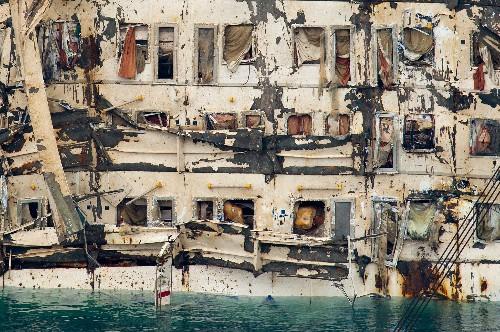 Seagrass Below Sunken Cruise Ship Worries Biologists