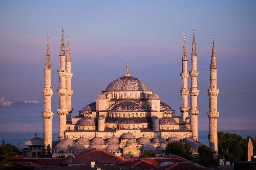 See the Most Exquisite Mosques Around the World