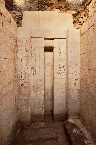 Tomb of Ancient Egyptian Physician Discovered
