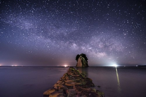 Milky way over the warship island Photo by Shigeyuki Yoshihara — National Geographic Your Shot
