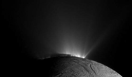 Saturn Moon Just Got More Interesting in Hunt for Alien Life