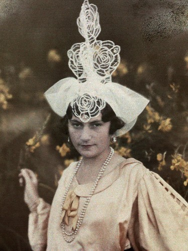 Get Inspired by Photos of Stylish Hat-Wearers From Decades Past
