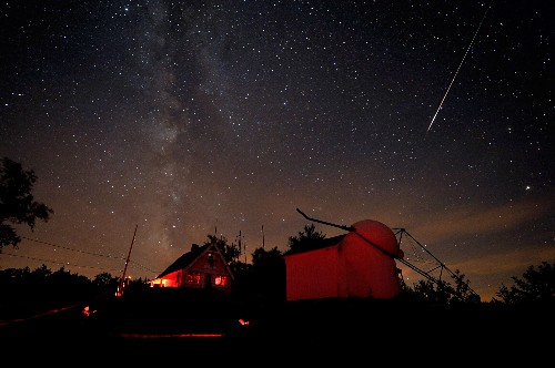 Gem of a Meteor Shower on Tap This Weekend
