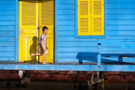 I want to run Photo by Alessandro Uttaro — National Geographic Your Shot