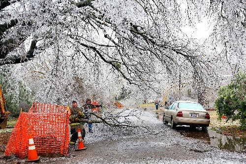 As Ice Storm Pummels U.S., Proposed Storm-Rating Index May Help People Prepare