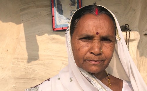 This world-walker finds hospitality and devotion in India