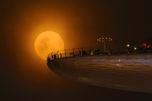 Supermoon Captured: The Best Shots of Biggest Full Moon in 2013