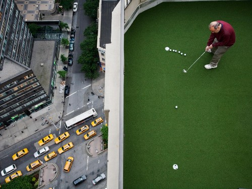 Rooftop Golf Photo, New York Picture – National Geographic Photo of the Day
