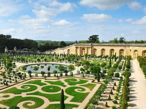 Here's why Versailles will blow your mind—and how to visit