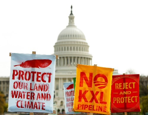 Do Plummeting Oil Prices Weaken Case for Keystone Pipeline?