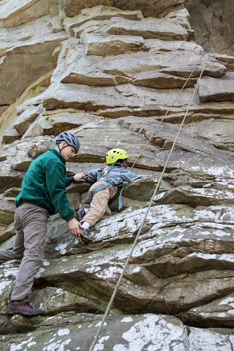 Tennessee Park Rangers Build Community with Rock Climbing