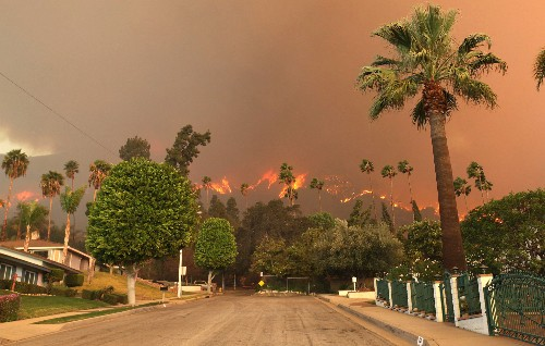 Behind California's January Wildfires: Dry Conditions, Stubborn Weather Pattern