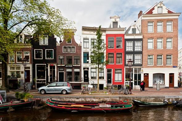 Amsterdam - Magazine cover