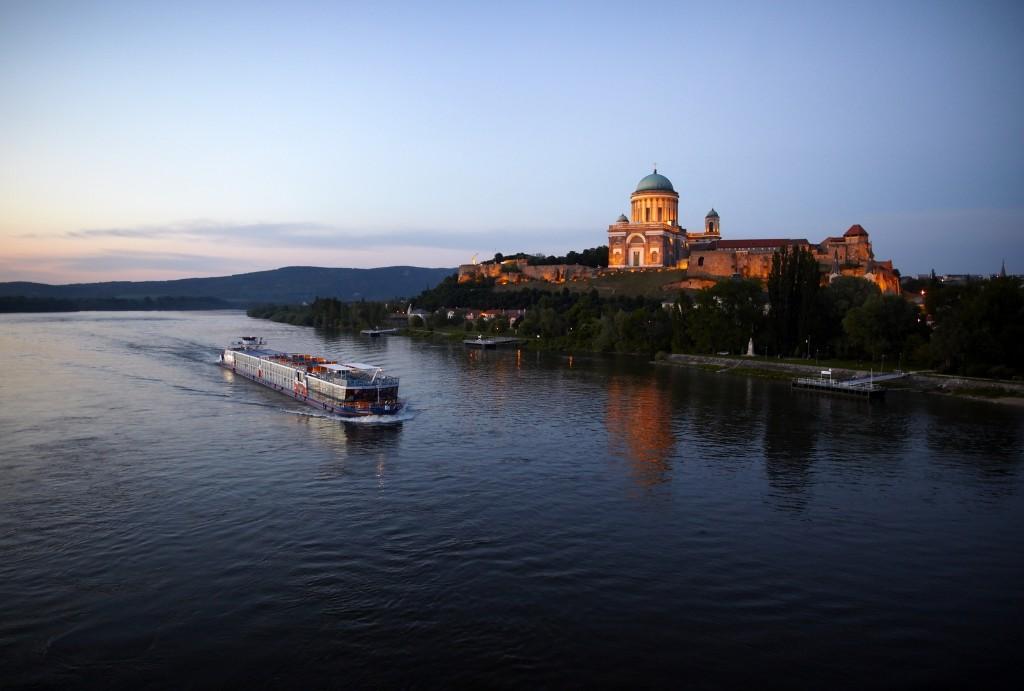 Budapest  - cover