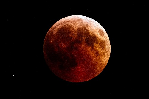 How to see the last 'blood moon' eclipse of the decade