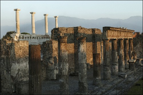 "Pompeii ""Exposed and Vulnerable"" to Neglect and the Elements"
