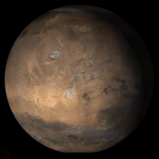Salty waters on Mars could host Earth-like life