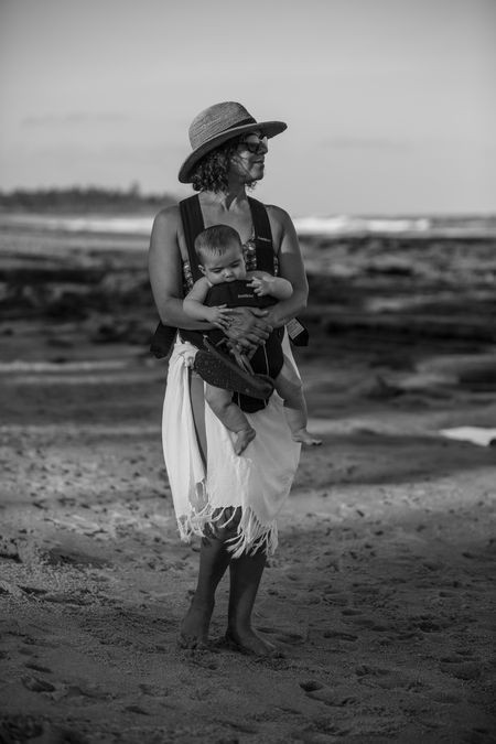 Mother & Daughter Photo by Rómulo Rejón — National Geographic Your Shot