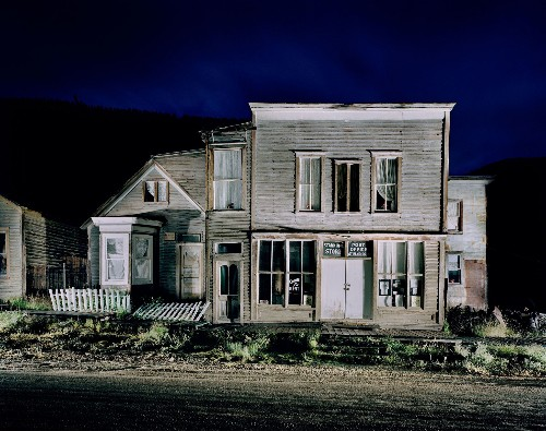 10 Ghost Towns Around the World