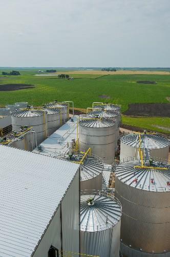 """Fantasy"" of Fuel From Corn Waste Gets Big U.S. Test"