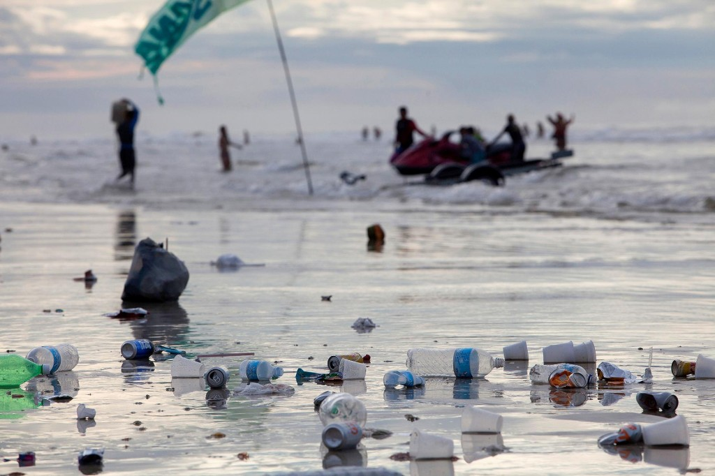 5 Trillion Pieces of Ocean Trash Found, But Fewer Particles Than Expected
