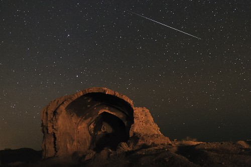 A Meteor Shower and 8 More Can't-Miss Sky Events in October