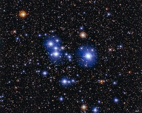 New Image of Blue Diamond Cluster Is a Cosmic Showpiece
