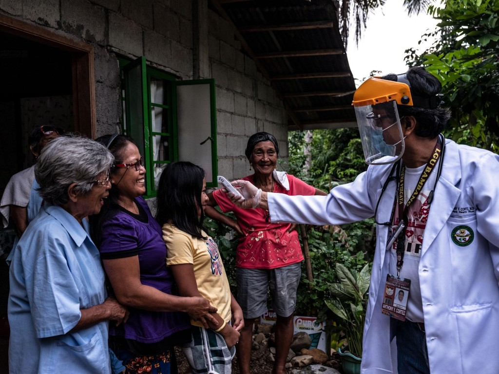 How a single doctor fights to keep COVID-19 from reaching his rural town