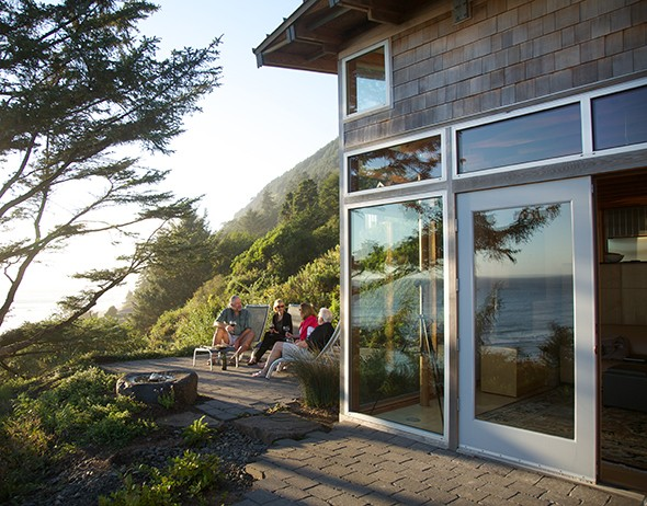 Pacific Northwest Neverland: Manzanita