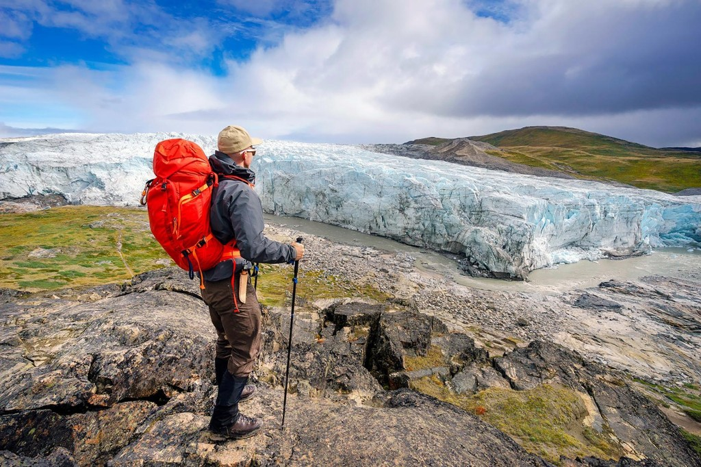 Fantastic Adventures Near the North Pole