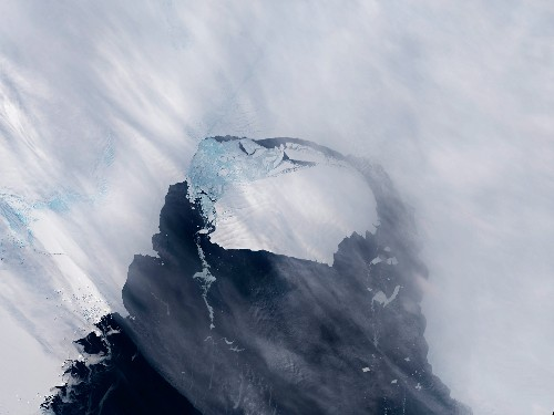 Warming Seas Drive Rapid Acceleration of Melting Antarctic Ice